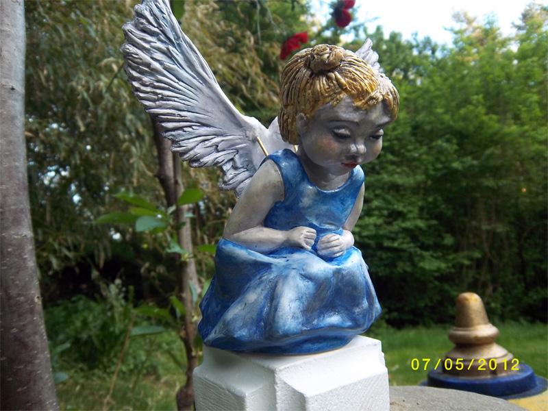 angel-4